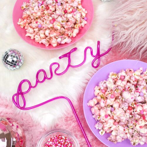 <center>簡単可愛い!ピンクシュガーポップコーンのレシピ <br><small>Pink Sugar Popcorn</small></center>