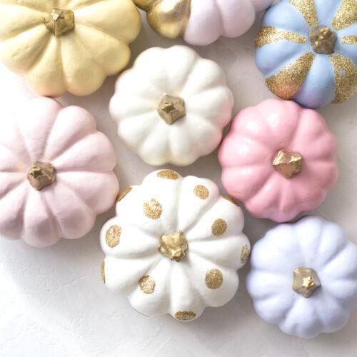100均のハロウィンカボチャをカラフルにアレンジ!パステルカラーパンプキンの作り方<br><small>DIY Pastel Pumpkins</small>
